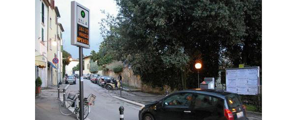 Scattano le nuove regole per il transito autorizzato nella ZTL di Arezzo