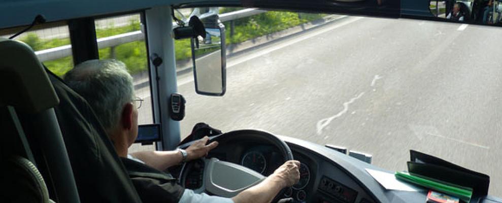 Firmato il primo CCNL Autobus con conducente